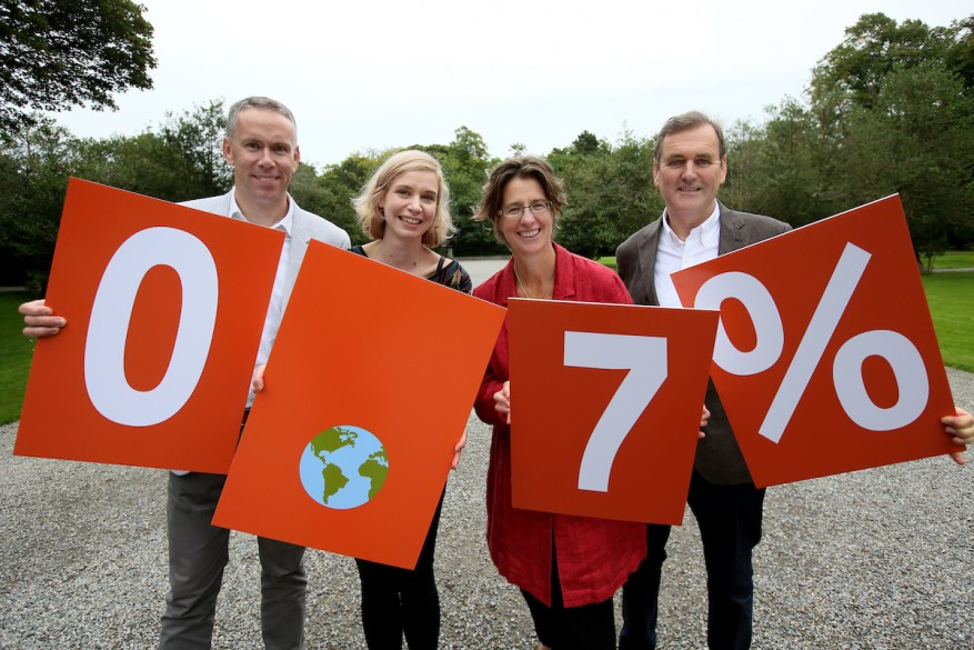 NO REPRO FEE 29/8/2017 Dóchas – the Irish Association of Non-Governmental Development Organisations – who represent 60 organisations working in international development in Ireland – have called on the Irish Government to reverse the downward trend on overseas aid spending and get back on track towards achieving the UN target of spending 0.7% of Gross National Income (GNI*) on overseas development assistance (ODA). Pictured at the launch of the pre-budget submission today in the Iveagh Gardens are, from left, John Fitzsimons, CEO Camara Education and Dóchas Vice-Chair, Katie Hennessy, youth activist, Suzanne Keatinge, CEO Dóchas, and Former Minister, TD and current Chair of Gorta-Self Help Africa, Tom Kitt. PHOTO: Mark Stedman